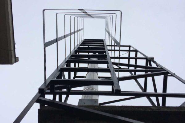 Kéménylépcső - Steel City